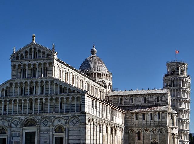 Pisa a šikmá věž