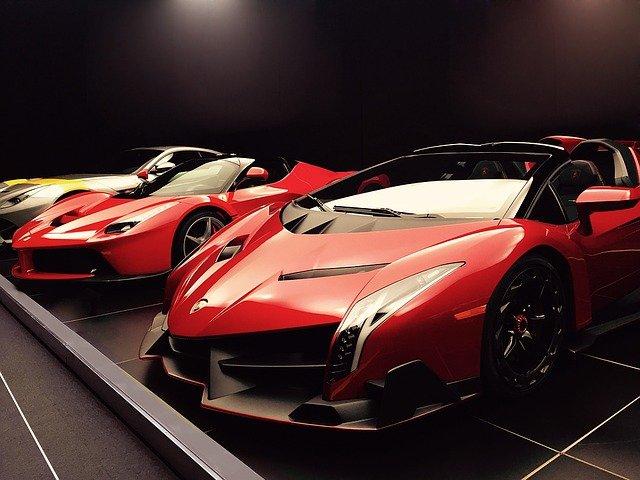 moderní sportovní vozy
