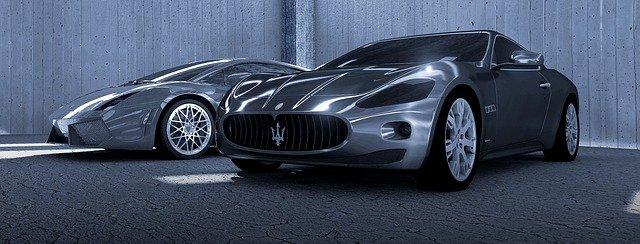 Maserati v šedé barvě