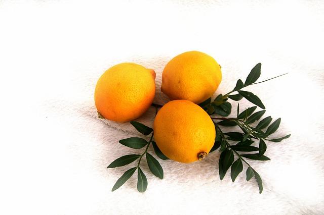 tři citrony