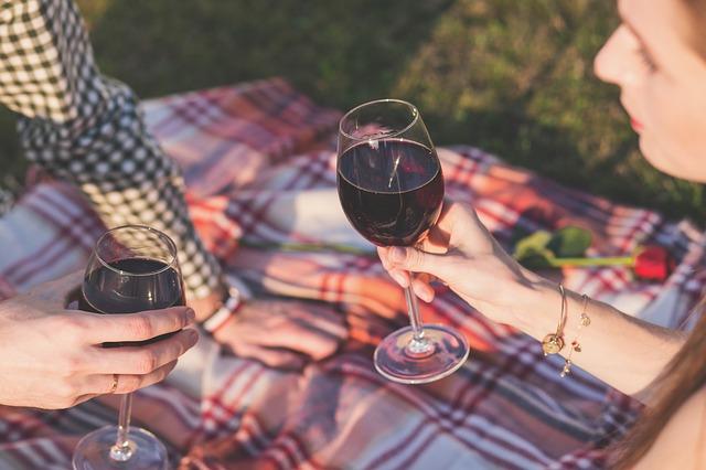 víno na pikniku