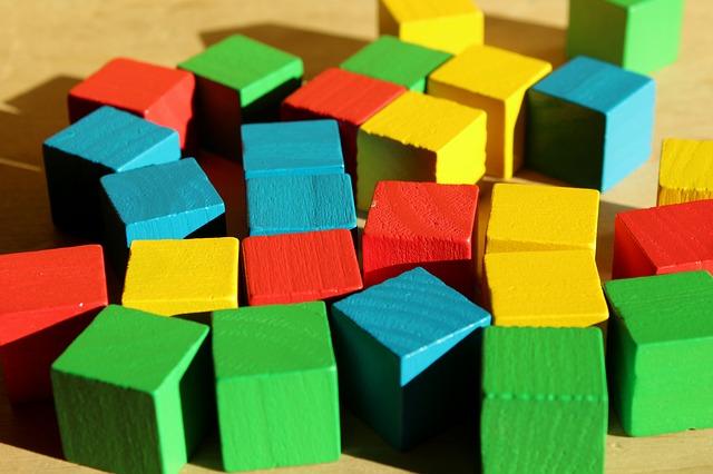 dřevěné kostky