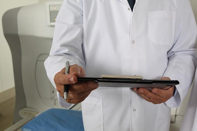 lékař, vyšetření