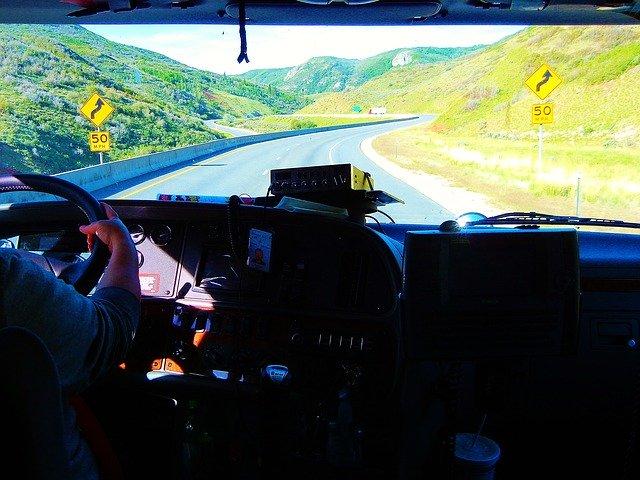 jízda kamionem z pohledu řidiče
